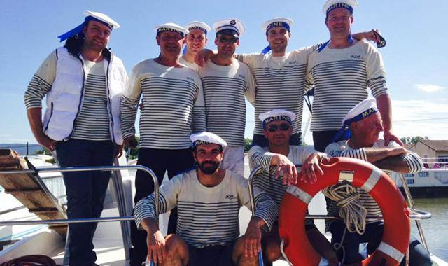 Ihre Crew: Mit wem soll es eigentlich auf das Hausboot gehen?