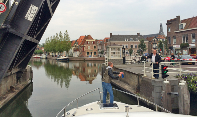 Bruggeld bezahlen in Holland