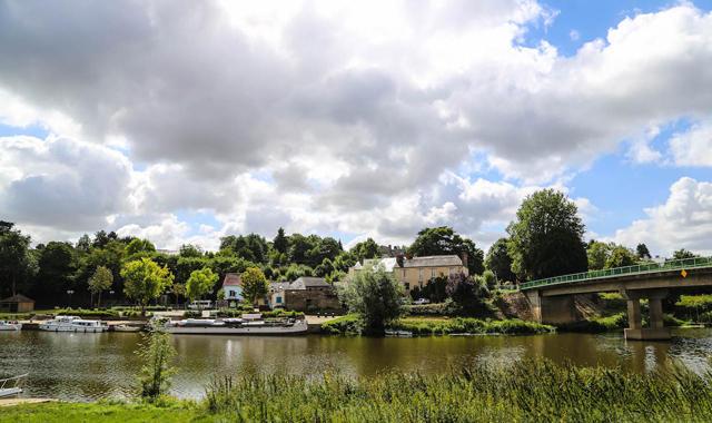 Wolken über dem Kanal