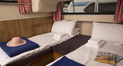 Kabine des Hausbootes Cirrus A von Le Boat
