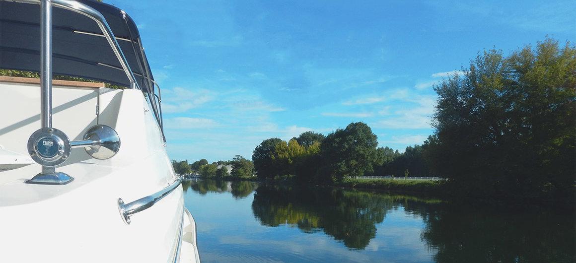 Le Boat Boot auf der Charente