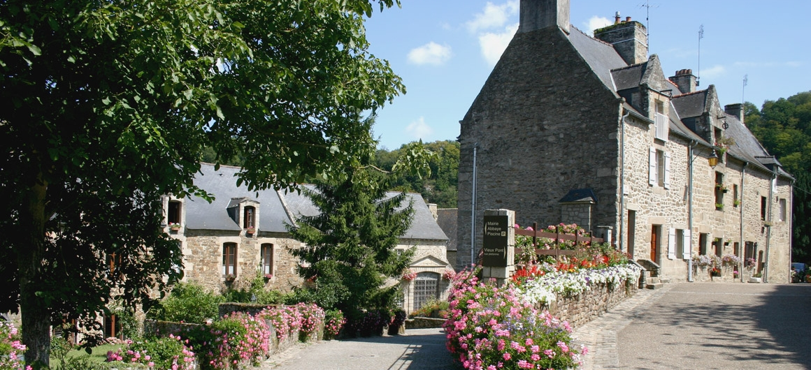 Lehon, Bretagne