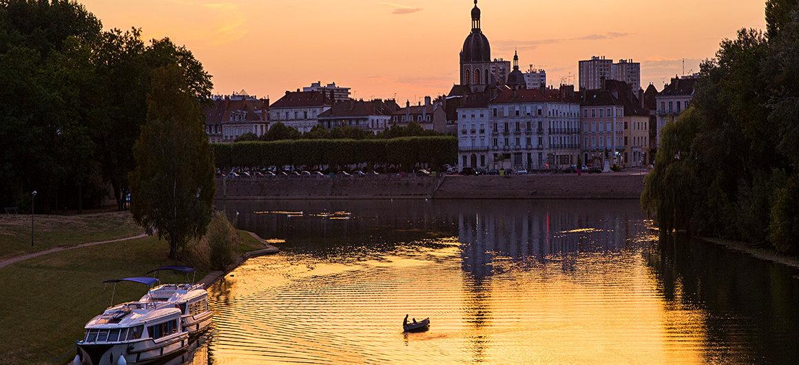 Sonnenuntergang in Chalon-sur-Saone