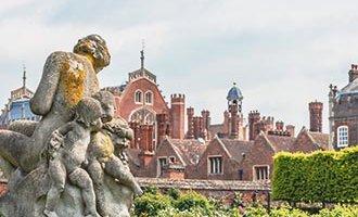 Skulptur im Hampton Court Palace